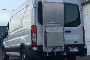 Ford-Transit-Mid-Roof-refrigerated-van-with-lift-gate