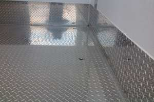 tread-plate-floor-drain-detail